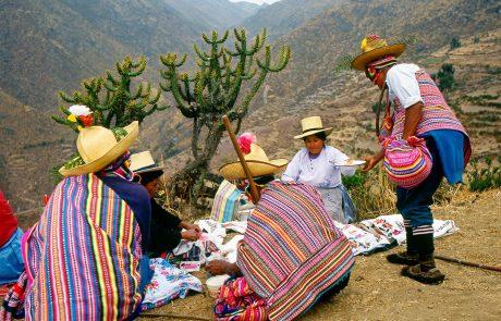 Pascana (sosta) durante il viaggio per Cajamarca (Perù). Foto: Javier Silva.
