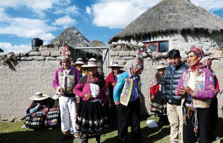 Impresa Turistica Comunitaria APSU (Artigianato Per Seguire uniti) della comunità di Livichuco (Stato Plurinazionale di Bolivia).